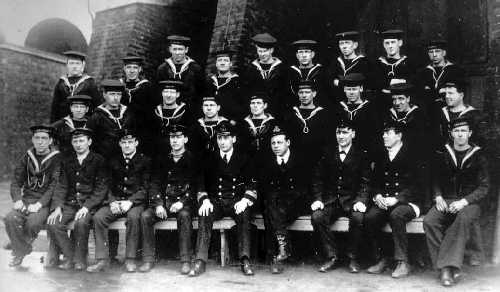The complete crew of HMAS AE2, taken in the UK in 1914.   Mitchell is second from the right in the top row