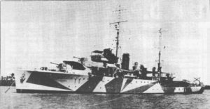 Yarra in camouflage, 1941. The four-barrel 0.5-in machine gun is now mounted on a platform just abaft the searchlight, and a rangefinder director replaces the former open rangefinder on the bridge.