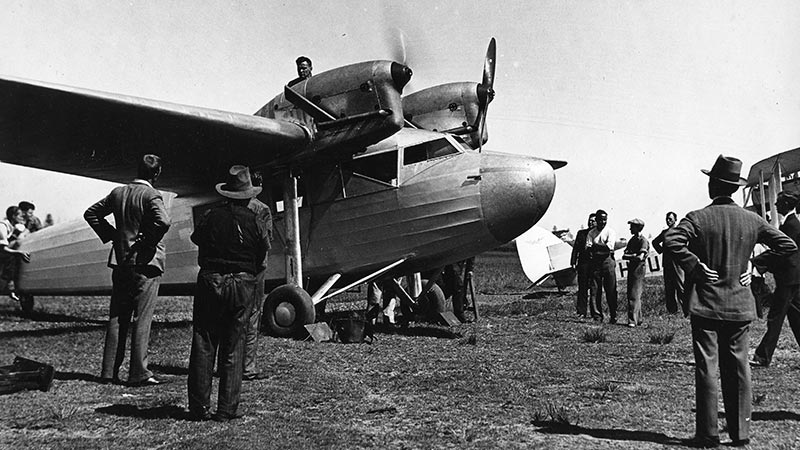 The passenger aircraft Codock being prepared for its first flight