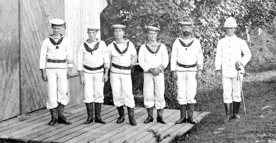 Shore patrol from HMAS Australia in Fiji 28 Aug 1914